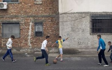 Children playing street football in Durrës, Albania. ©Christoph Ruckstuhl/NZZ